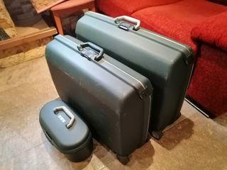 Juego de maletas rígidas Sansonite con neceser