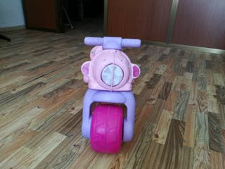 Moto Correpasillos niña