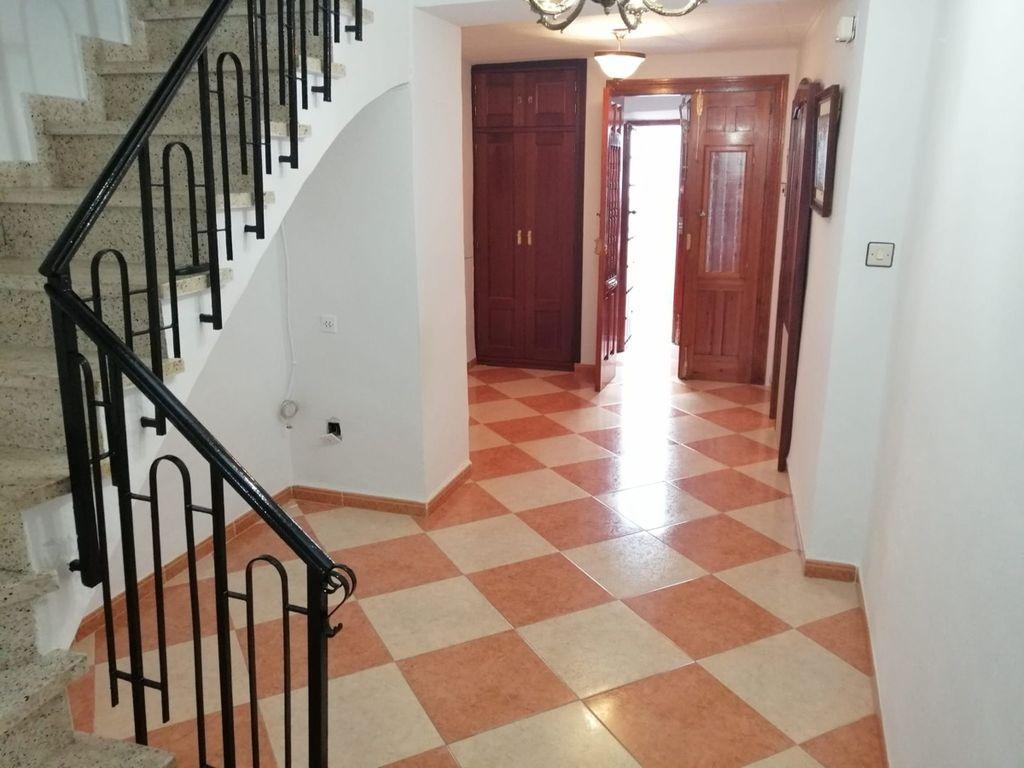 Casa en venta (Antequera, Málaga)