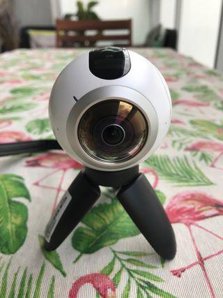 Cámara Samsung Gear 360.