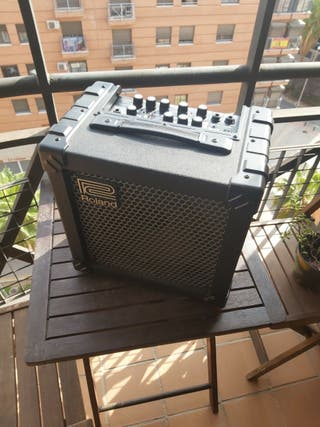 Amplificador Guitarra Eléctrica Roland Cube 20x