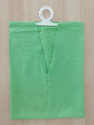 Bolsa: pinzas de ropa.