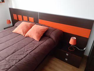 Se vende cama 150cm cabecero y somier.