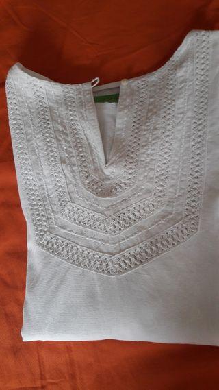 Blusa blanca de SANDALO