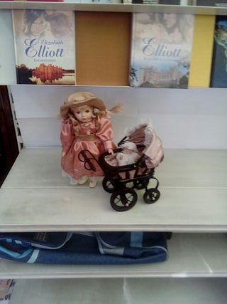 muñeca con carrito. n3