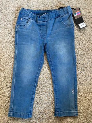 Pantalón vaquero ajustable cintura 2 años nuevo