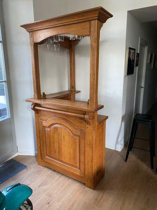 Mueble bar de madera