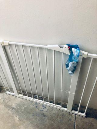 Doble barrera de seguridad ajustable