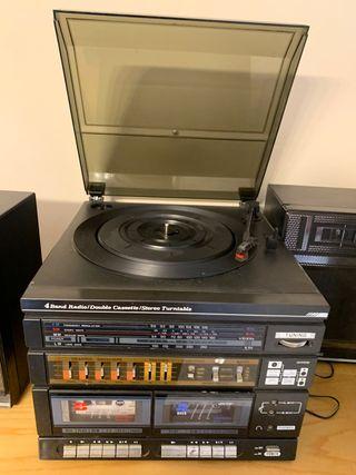 Radio caset antiguo