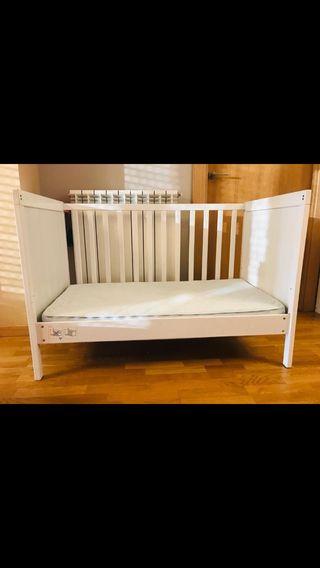 Cuna colecho + colchón Ikea