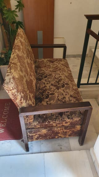 sofá rústico antiguo a restaurar