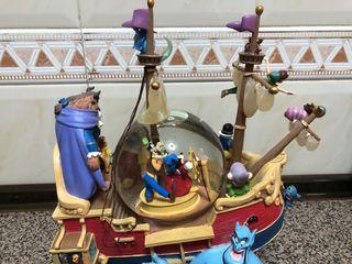 Barco Bola Nieve Disney Con Musica Parque Disney