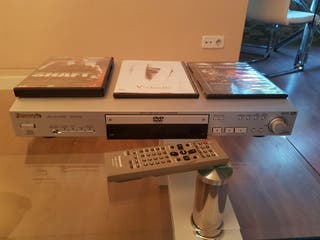 DVD PANASONIC + 3 peliculas
