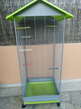jaula grande para pájaros