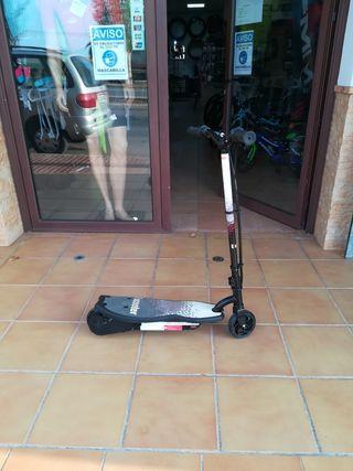 Patinete scooter eléctrico infantil