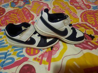 Zapatillas Nike 27,5