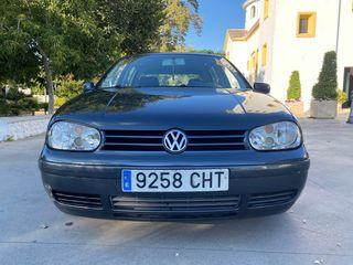Volkswagen Golf iv 1.6 16v GASOLINA TRANSFERIDO