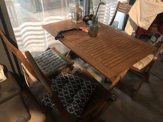 Mesa de jardin y 4 sillas