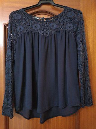 blusa manga larga con encaje azul marino