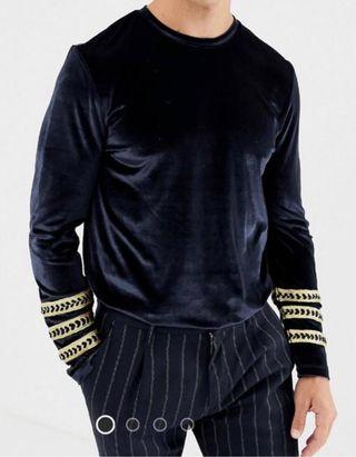 Camiseta manga larga. Talla M