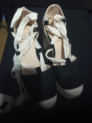 Cuñas estilo alpargatas con cordones num 37