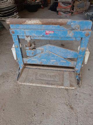 Máquina de cortar terrazo