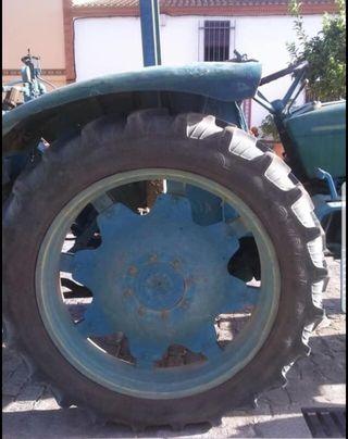 Ruedas tractor Taurus