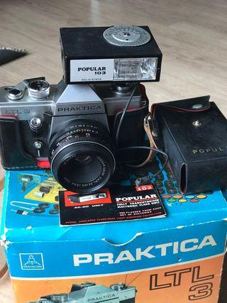 Antigua cámara fotográfica , praktica LTL3