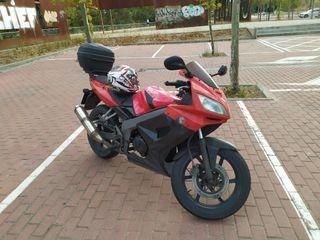Moto Kymko Quannon 125cc