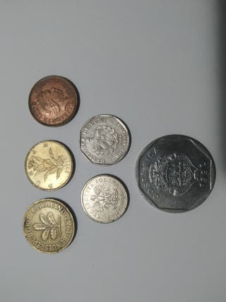 pack de monedas extranjeras