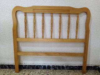 Cabecero de madera de pino para cama de 90 cm.