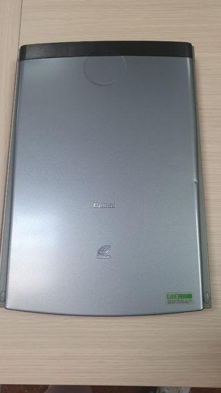 Escaner Canon Lide35