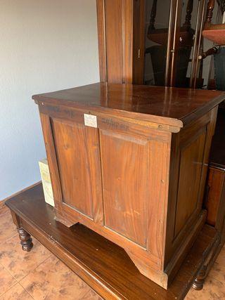 Mesa mueble TV para televisión madera maciza nogal