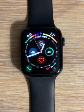Apple Watch Series 4 (GPS + CELLULAR) 44mm