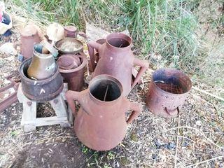 Antigüedades, vasijas y recipientes metálicos