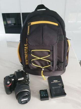 Nikon D5100 + objetivo 18- 55