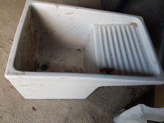 pila de lavar antigua