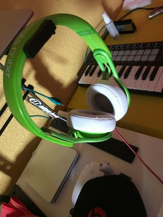 Beats mixr by Dr.Dre