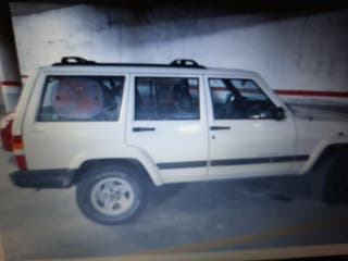 Jeep Cherokee sport td. 4x4