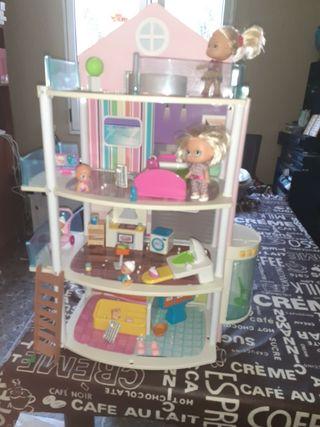 casita de muñecas de de 4 plantas