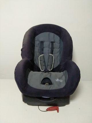 Silla de coche, para niños de 0 a 9 y 9 a 18 kg.