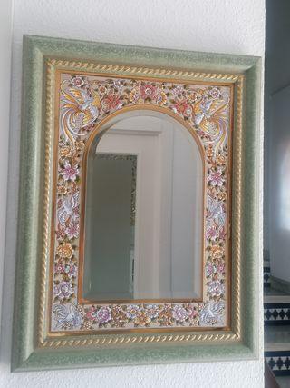 Espejo con azulejo