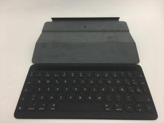 Teclado Apple Smart Keyboard MPTL2Y/A iPad P 10310