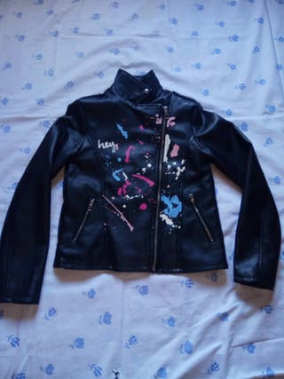 chaqueta de cuero para niña
