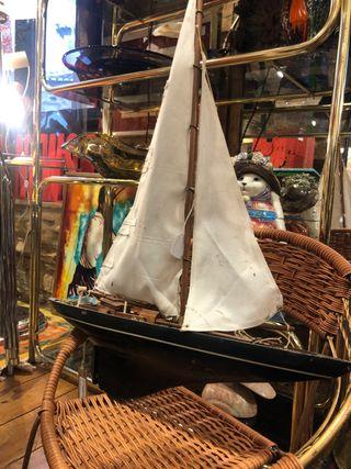 Antiguo barco velero madera retro vintage