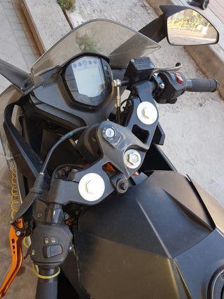 cambio moto 125cc por coche