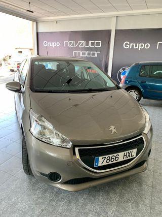 Peugeot 208 1.2 gasolina Año 2014