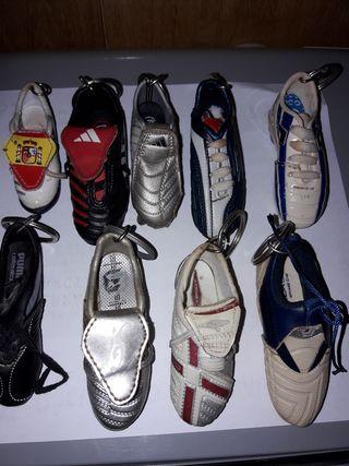 llaveros botas