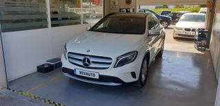 Mercedes-Benz GLA con techo panorámico Año 2015