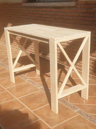 Mesa escritorio madera natural.